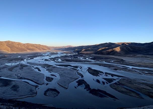 专家利用新方法估算,青藏高原湖泊年蒸发量达517亿吨