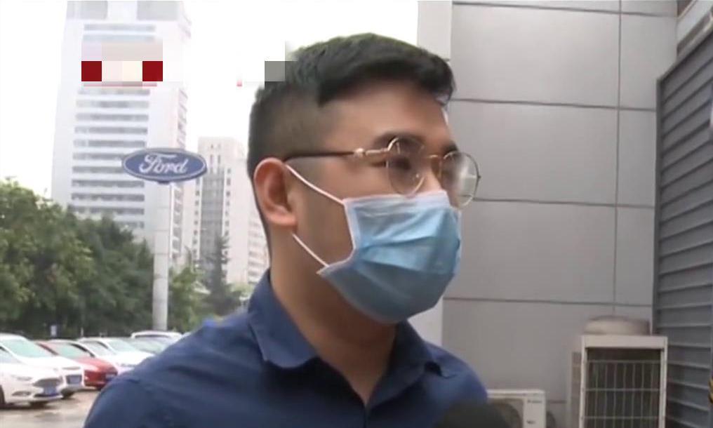 重庆:南岸区近日发生一起理赔纠纷,事件起因令新车车主气愤不已