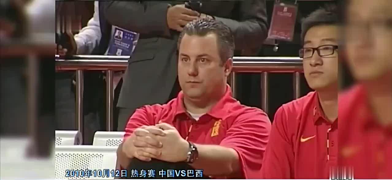 中国男篮史上最严重的斗殴事件主打朱芳雨使出组合拳_格斗膝顶