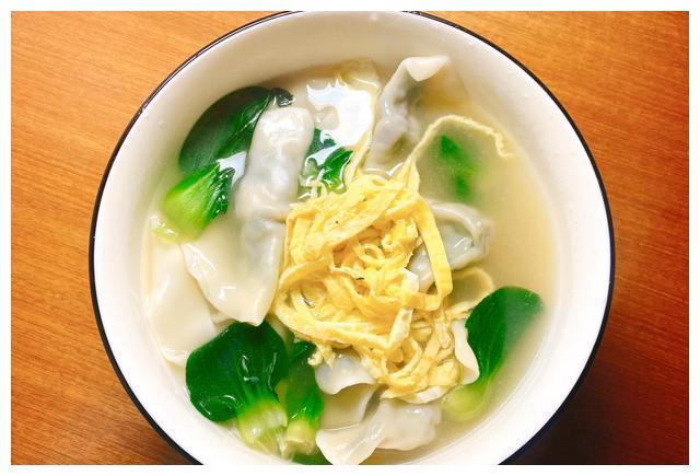 青菜香菇饺子新吃法,不要直接下锅换个套路,味道鲜美无比