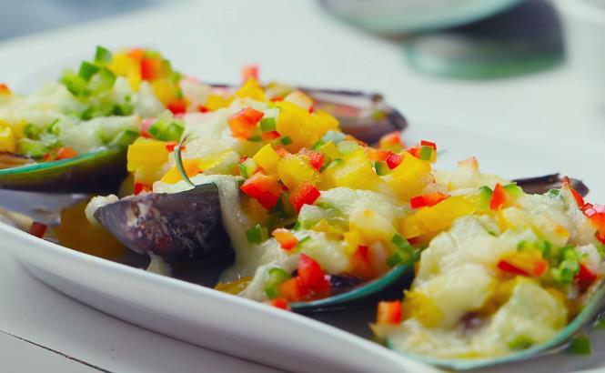 好吃的鲜蔬芝士烤贻贝,肉嫩鲜香,拉丝营养,海鲜中的美味宴客菜