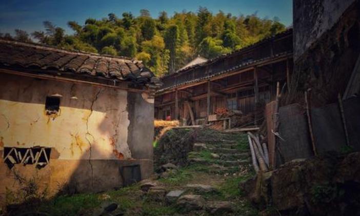 """云南""""超神奇""""的村庄,一天竟有三次日出,游客直呼""""不敢信"""""""