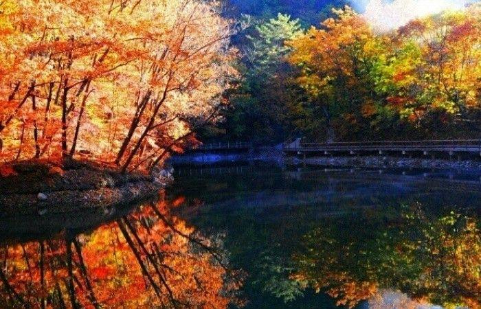 来辽宁本溪,看关门山的秋景,真是令人心旷神怡