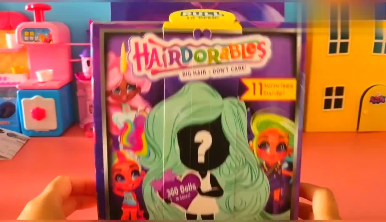 新款美发娃娃,要拆出很多的美发娃娃乐图片
