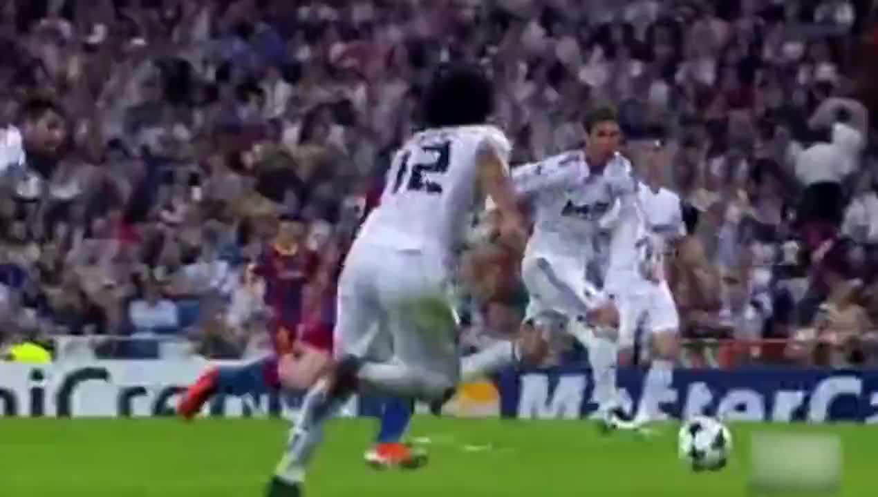 梅西单挑整条后防线系列 强如罗纳尔多跟C罗 他们未必做得到这点