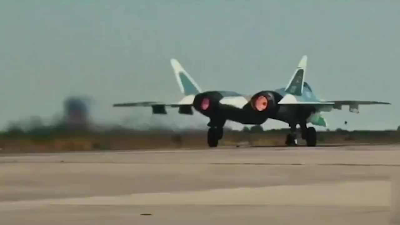 歼20战机产能不足?俄罗斯:肯定会再买俄罗斯战机!