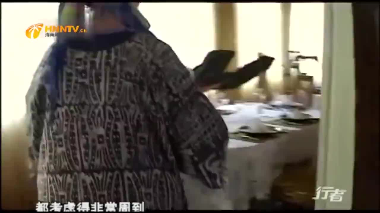 实拍非洲广场剪彩仪式是由中国企业建造当地总统亲自来剪彩