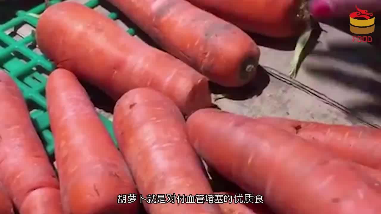 """菠菜和它天生是一对,比""""溶栓剂""""有效果,常吃血管不再堵"""