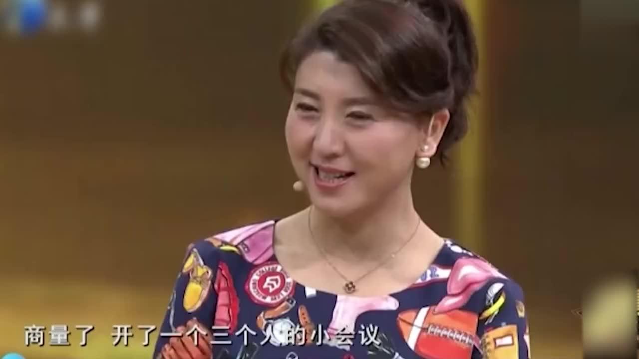 46岁闫学晶先当姥姥后生二胎,绝对娱乐圈头一份,那些高龄产妇!