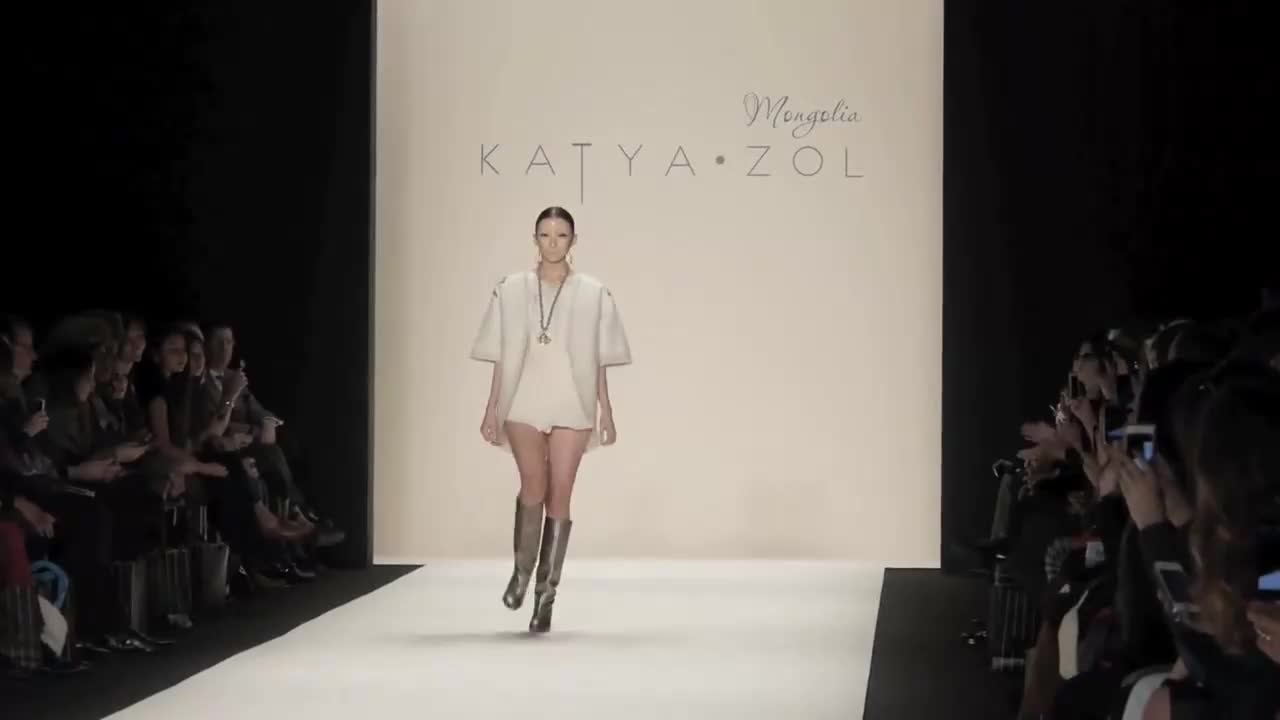Katya Zol 时装秀(1)