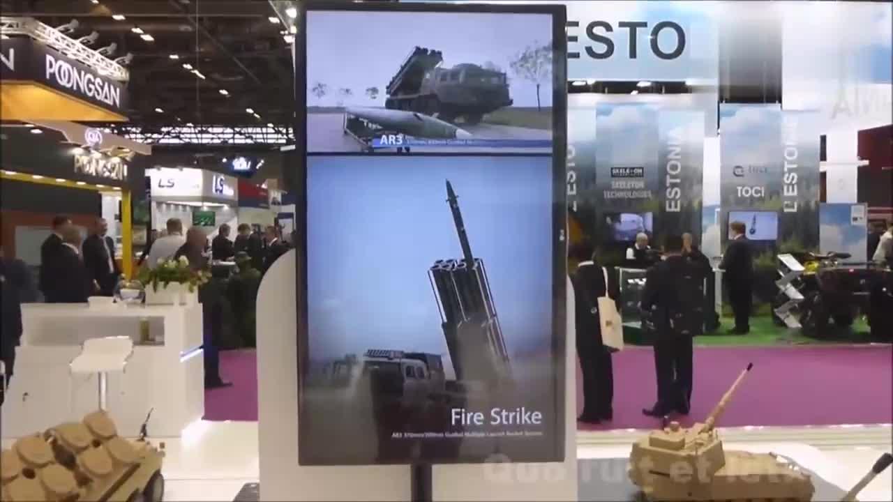 防务展上的中国军工宣传