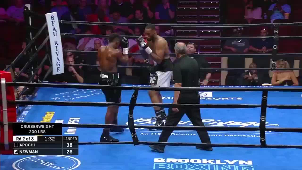 最新精彩KO赛事,翻版维尔德七回合惨遭KO