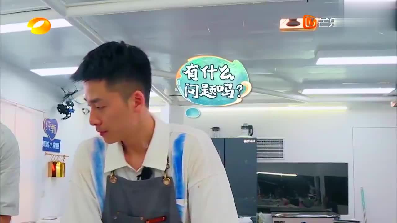 中餐厅4:特种兵刀功了得,厨艺碾压赵丽颖,张亮当众表扬!