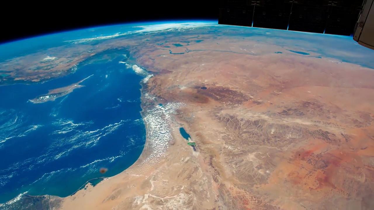 这里是国际空间站,宇航员又从几内亚湾飞到了里海