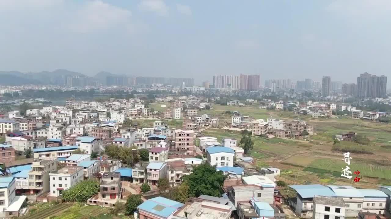 高空俯瞰南宁唯一的县级市这里新旧楼房林立城区翻天覆地改变