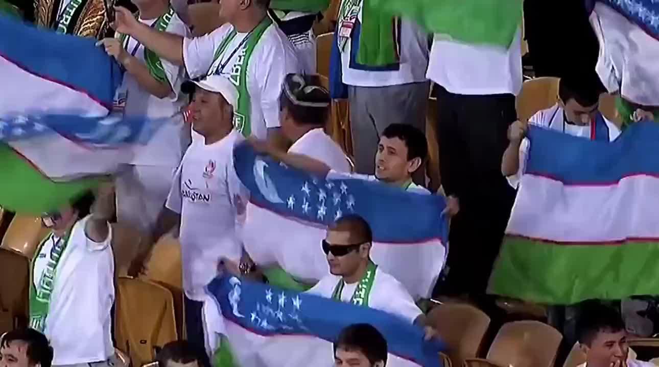 回顾亚洲杯 国足逆转乌斯别克斯坦 吴曦跟孙可分别破门