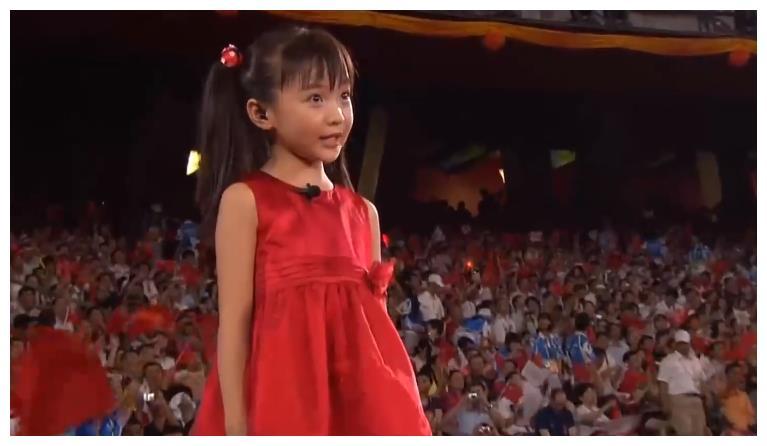 时隔12年,林妙可含泪回应奥运会假唱事件:时间能改变人们的看法