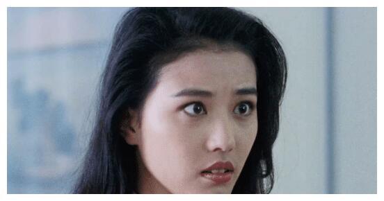 有人觉得周海媚的嘴丑?其实美人都有这种特征,看王祖贤就知道了