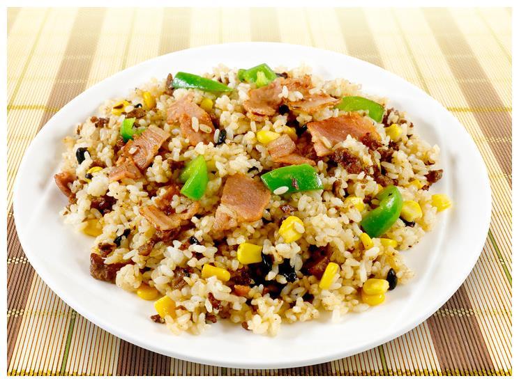 百吃不厌的一道饭,鸡蛋和此食材一起做,补钙又便宜,又香又下饭