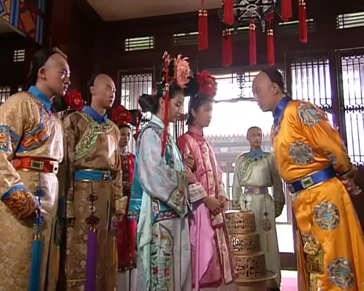 小燕子说话颠三倒四的,皇上怒斥众人不说实话,这下他们要惨了!