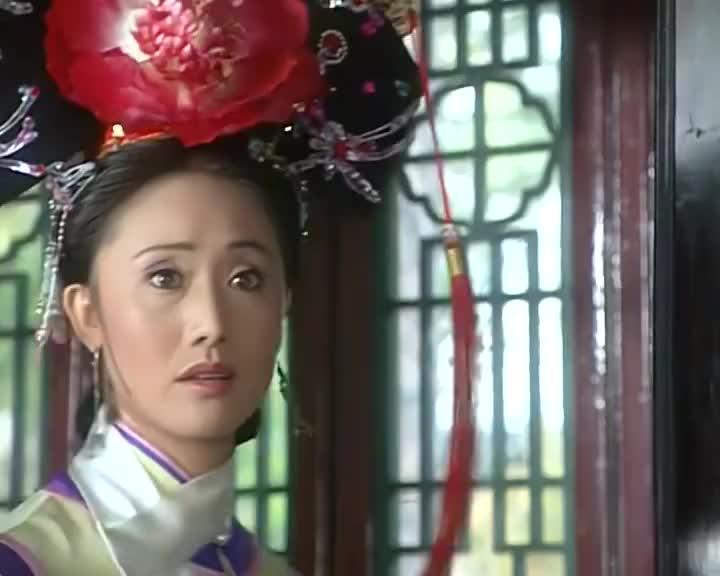 小燕子神志不清,皇上只凭字画和折扇,竟就觉得她是自己的女儿!