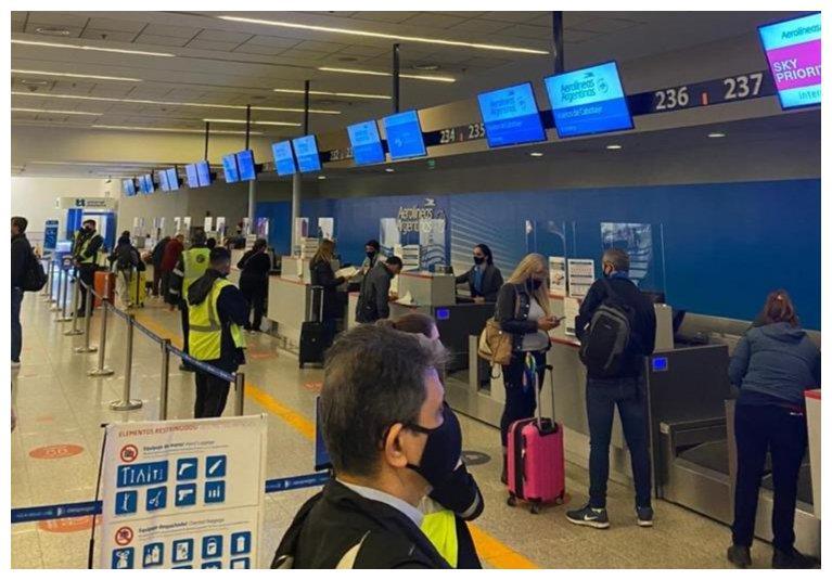 阿根廷乘客隐瞒新冠肺炎病情乘机 最高或将被禁飞5年
