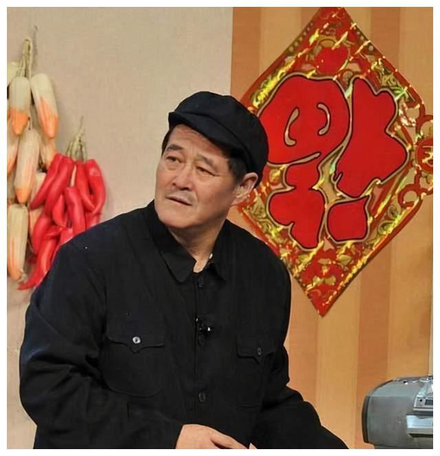 洛桑陈佩斯赵本山三人相比,谁才是真正的喜剧大师?