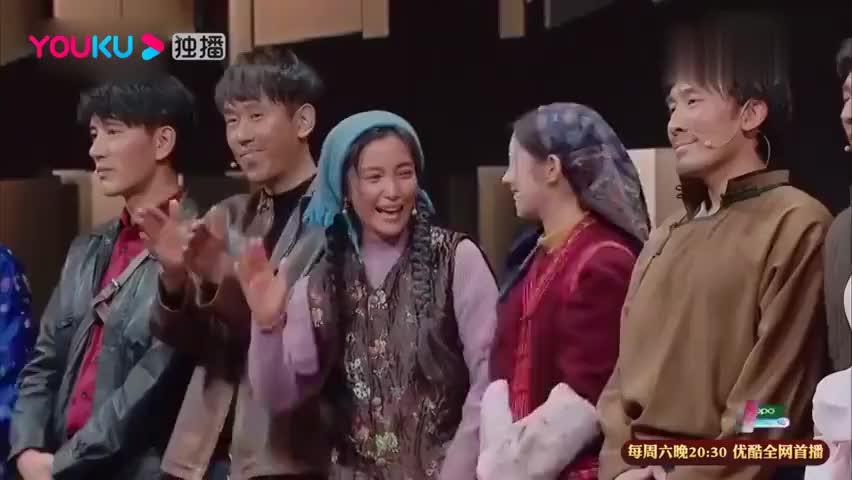 孟美岐演技再被肯定,导演看好,李冰冰暖心送拥抱!