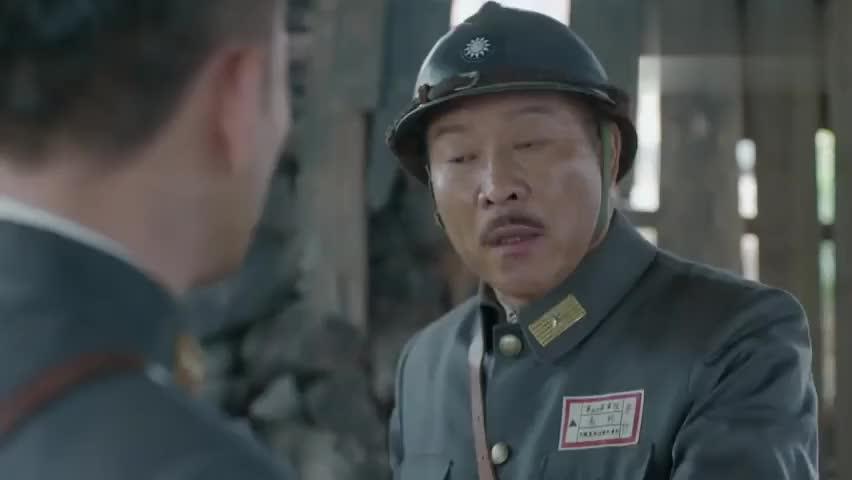 团长在前线打得激烈,结果听说老婆来了,只能分散兵力过去接人