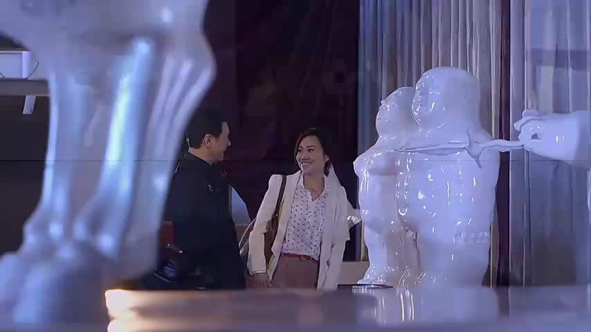 吴东方邀请阿琴看画展,吃西餐,在餐厅巧遇前夫