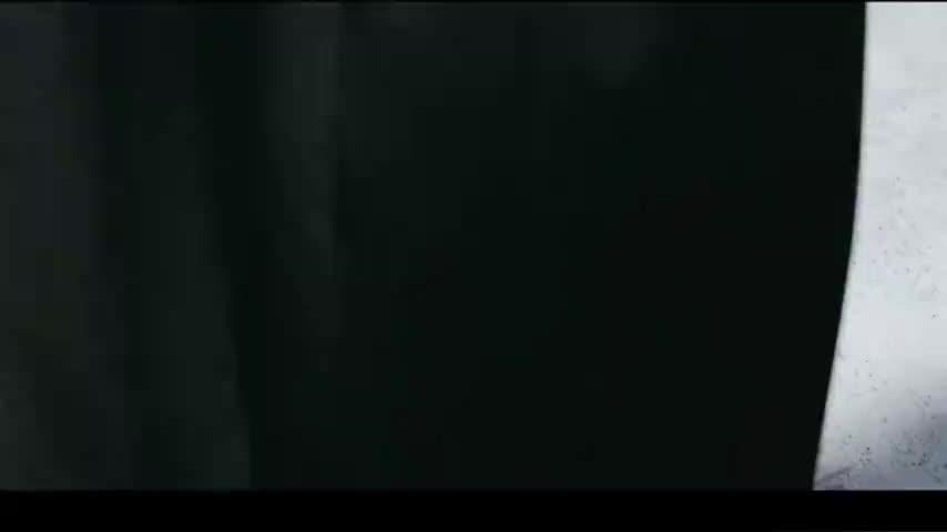 秦斩来到开封城内,大家见到他都落荒而逃