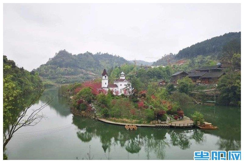 贵州黔东南的桃花岛又添一儿童美术馆
