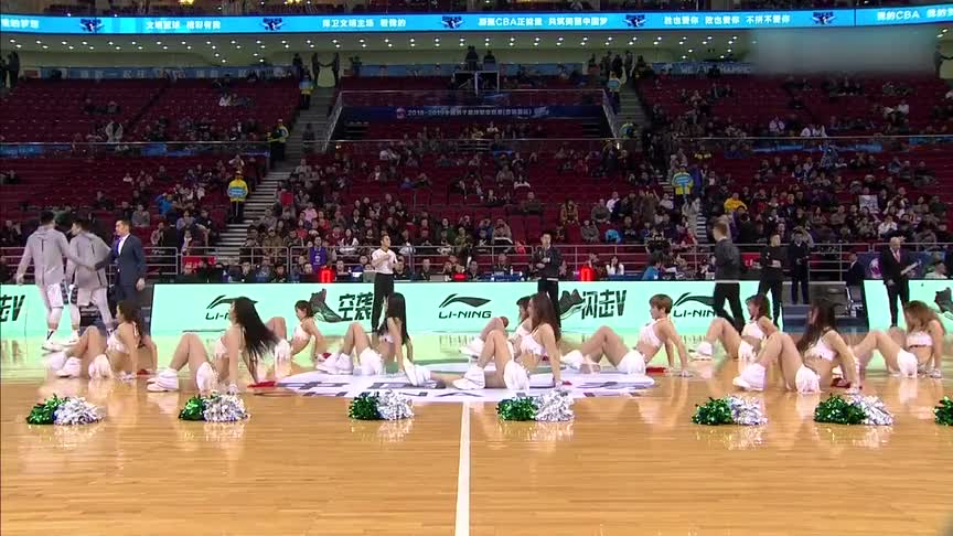 主要看气质!北京首钢巅峰啦啦队 小姐姐们教大家如何在家里运动