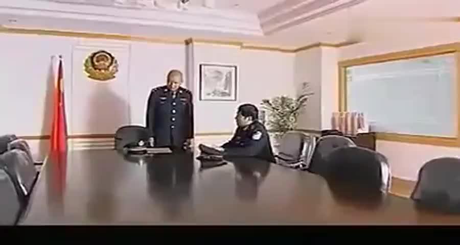 副局长买官卖官, 霸气公安局长开会直接免职