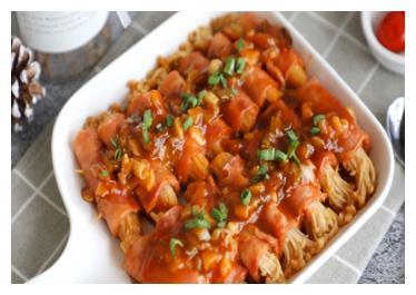 自制人间美食,培根金针菇卷,能装但又超简单的懒人菜