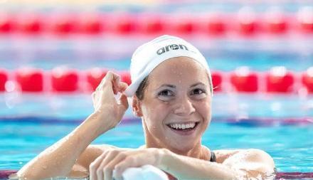 欧洲体坛又一国家,游泳队15人大规模中招!中国紧急援助5万口罩