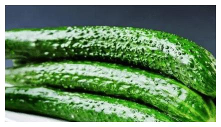 """打了激素的黄瓜怎样分辨?老菜农:认准""""这点"""",轻松区分出来"""