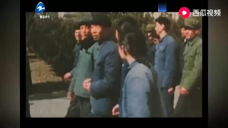 让历史告诉未来1977年12月高考举行数百万考生涌入考场