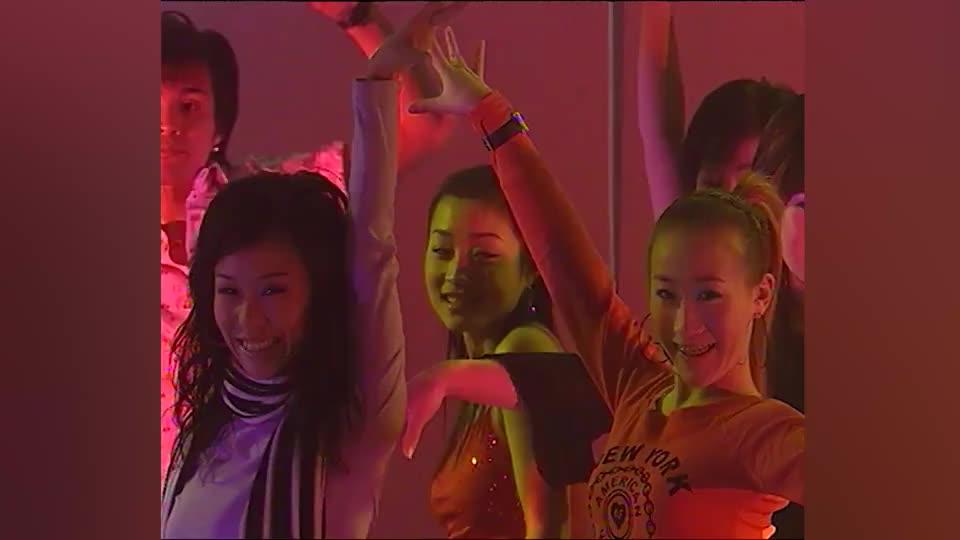 超级星期舞:张宇倾情献唱《鲁冰花》,果然老前辈的功力不一般