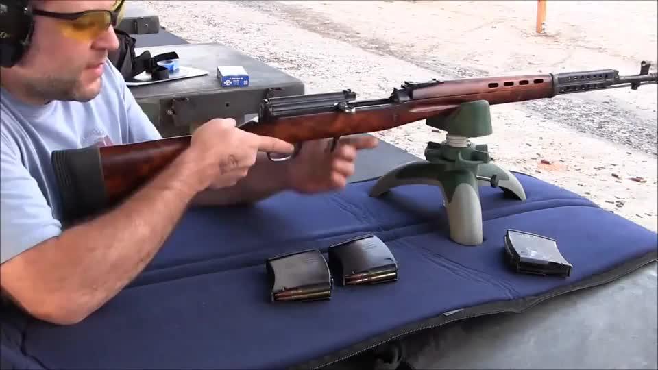 SVT40半自动步枪射击评测,可靠性高二战时期可与M1加兰德媲美
