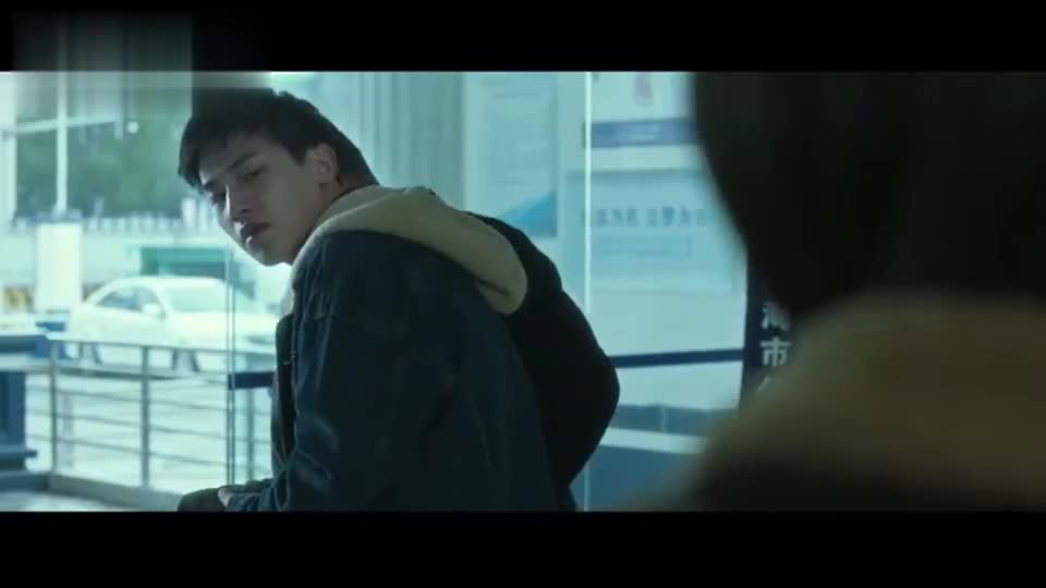 顾森湘被迫坠楼身亡,易遥背上了凶手罪名,没有人相信她的话