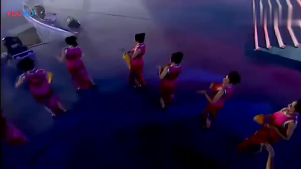 何炅、李湘 早期合唱《山中只有藤缠树》好年轻的他们呀