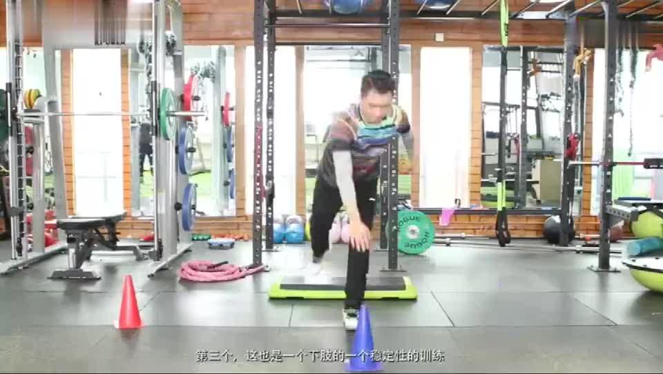 羽毛球下肢力量训练, 下肢稳定性训练, 羽毛球爱好者必备训练方式