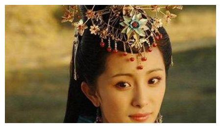 史上嫁得最远的公主,在路上活活熬死丈夫,最后嫁给了他儿子