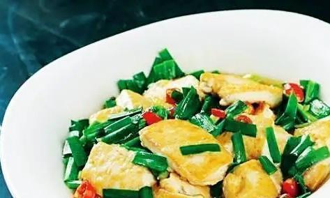"""韭菜和它是""""天生一对""""媳妇宁可不吃肉也要吃它,做一盘都不够吃"""