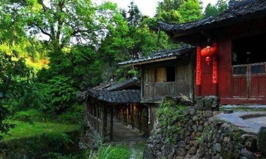 这座低调了千年的古村,刚一露面便惊艳世人!免费待开发