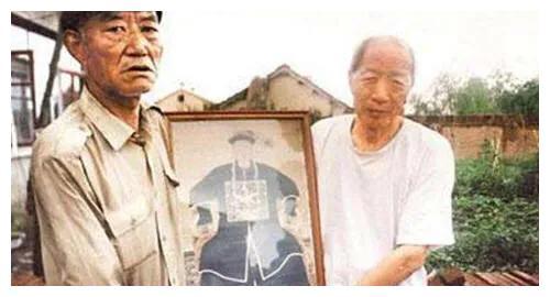 和珅的后人生活在黑龙江,隐姓埋名200年,至今保留着清朝习俗