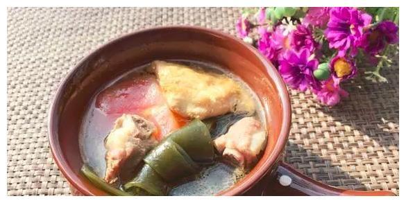 美食精选:海带豆腐味噌汤,茶树菇炒荷兰豆,双浇头金针菇的做法