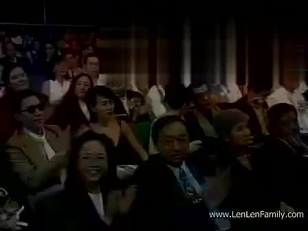 释小龙和郝劭文在1995年一起出席金像奖,为最佳动作设计颁奖!