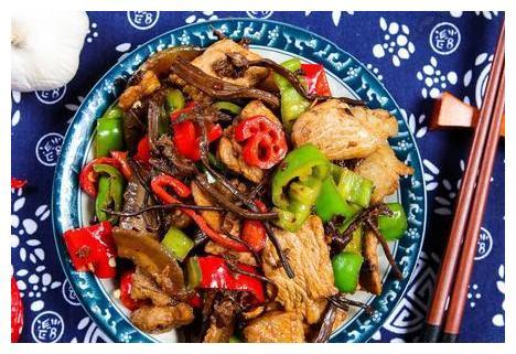 不管炒啥肉,不要用淀粉腌制,大厨:牢记3点,滑嫩又入味